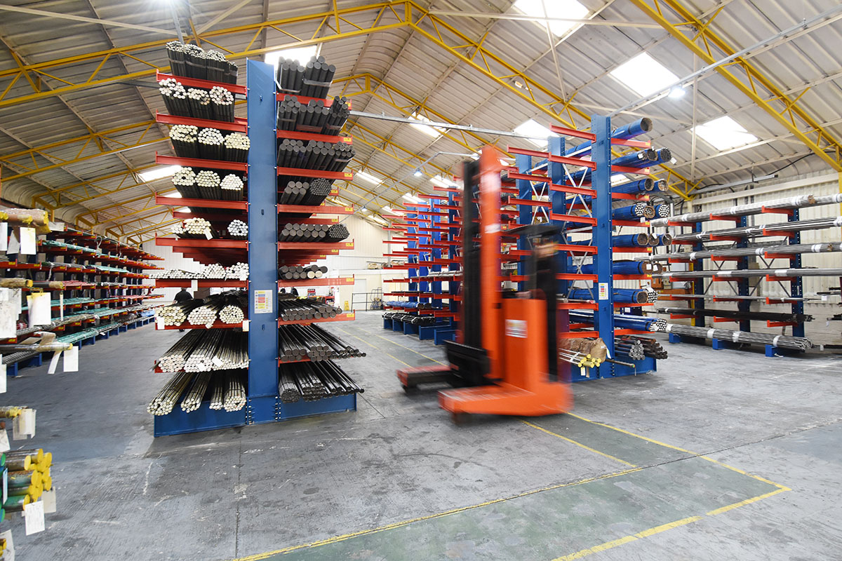 Aisle Cantilever Racking