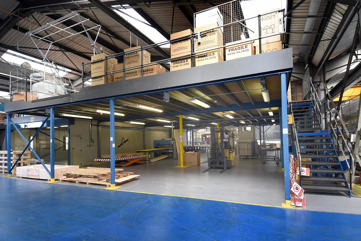 Production Mezzanine Flooring With Side Stairs